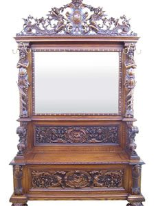 SPECTACULAR CARVED OAK HALL SEAT ATTTRIBUTED TO R.J. HORNER (CIRCA 1890) SOARS TO $46,000 AT SINGLE-OWNER COLLECTION SALE HELD FEB. 16 BY HAL HUNT