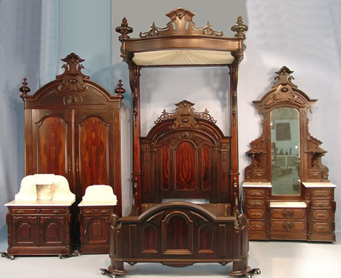 The living estate of katherine creamer a dedicated and discriminating collector from mobile for Victorian bedroom furniture for sale