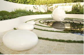 SUMMERS PLACE AUCTIONS OCTOBER SALE OF GARDEN STATUARY SUPPORTS  CANCER RESEARCH UK