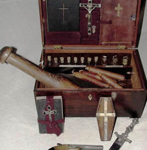 AUTHENTIC 19th-CENTURY VAMPIRE KILLING KIT SELLS FOR $8,800 (ON HALLOWEEN!) AT AN ON-SITE ESTATE SALE HELD IN PORT GIBSON, MISS., BY STEVENS AUCTION CO.