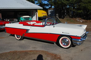 ABOUT 500 LOTS OF CLASSIC CARS, PETROLIANA, GAS PUMPS AND ADVERTISING ITEMS WILL BE SOLD SAT., MAY 1, BY MATTHEWS AUCTIONS, LLC IN WISCONSIN