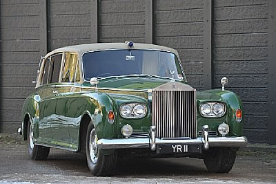 Rolls-Royces Commissioned In Harrods Livery for Bonhams Auction