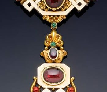 Bonhams to Auction Brooch That Belonged to Queen Victoria