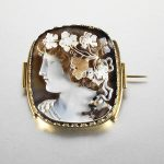 Cameo brooch gifted by Caroline Bonaparte auctioned at Bonhams for £51,650