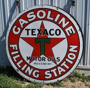 TEXACO GASOLINE FILLING STATION SIGN IN EXCELLENT CONDITION SOARS TO $11,550 AT MATTHEWS AUCTIONS CHECK THE OIL AUCTION HELD JUNE 23