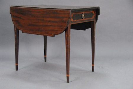FEDERAL MAHOGANY PEMBROKE DROP-LEAF TABLE, CIRCA 1790-1810, SELLS FOR $36,800 AT NADEAU'S AUCTION GALLERY OCT. 20-21 SALE IN WINDSOR, CT