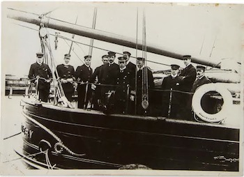 Glass negative of Captain Scott and members of the crew of discovery