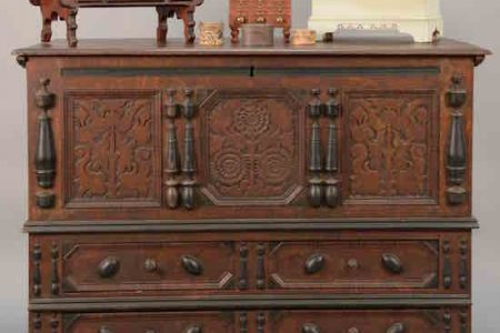 AN IMPORTANT AND EARLY SUNFLOWER CHEST CRAFTED CIRCA 1703-1704, ATTRIBUTED TO PETER BLINN (1640-1725), WILL HEADLINE NADEAU'S FALL AUCTION, OCTOBER 21st, AT THE GALLERY IN WINDSOR, CONN., AND ONLINE