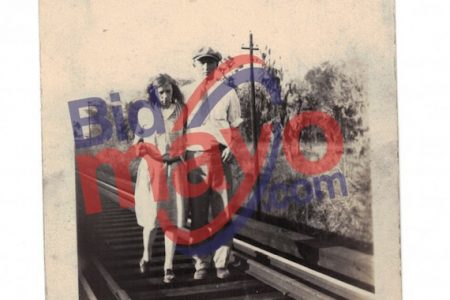 TROVE OF 40-PLUS HISTORICALLY SIGNIFICANT PHOTOGRAPHS OF OUTLAWS BONNIE & CLYDE WILL BE AUCTIONED JULY 11th BY MAYO AUCTION & REALTY