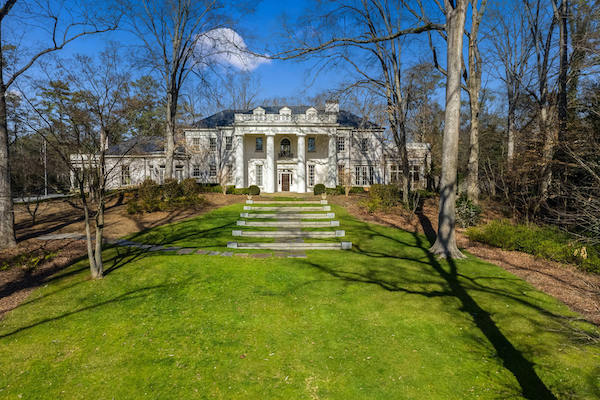 AHLERS & OGLETREE TO AUCTION ITEMS FROM THE ATLANTA ESTATE HOME WHITE OAKS