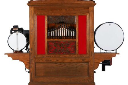 MILLER & MILLER'S MUSIC MACHINES, CLOCKS & CANADIANA SALE FEATURES FOUR OUTSTANDING COLLECTIONS