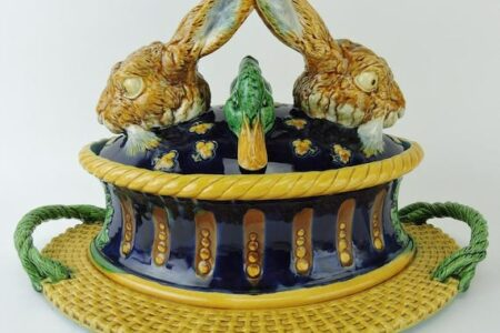 STRAWSER AUCTION GROUP'S FOUR-DAY ANTIQUE AUCTION FEATURES MAJOLICA, PICKARD CHINA, FENTON, MINTON AND MT. WASHINGTON