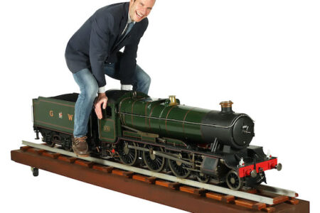 7 ¼ INCH GAUGE MODEL STEAM LOCOMOTIVE OF THE GREAT WESTERN RAILWAY 4-6-0 LOCOMOTIVE AND TENDER MAKES CA$15,340 IN MILLER & MILLER'S BACK-TO-BACK AUCTIONS