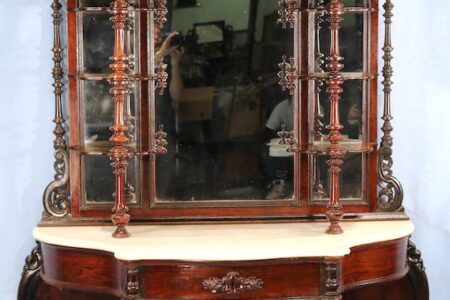Beautiful antiques and Southern finery are in Stevens Auction's Sept. 25 Mid-Summer Antique Auction