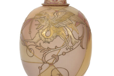 The Jochimsen collection of Wave Crest, French cameo art glass and other fine items will be auctioned Oct. 23